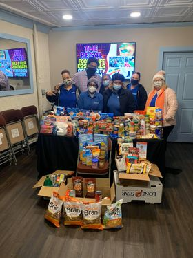 Riverhead School Bus Drivers and Monitors Drive Hunger Out Of Their District!